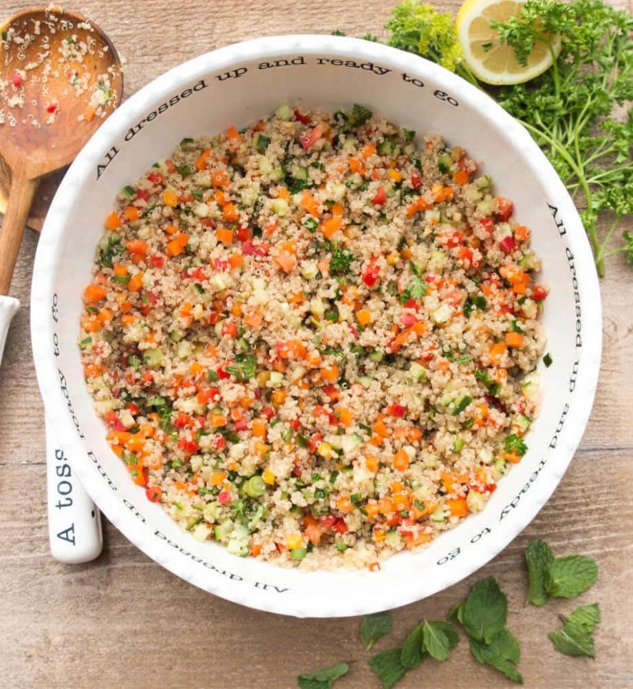 saladmenu fresh quinoa salad 920x1000