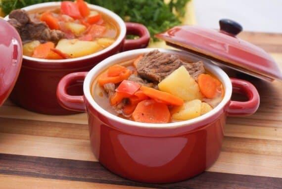 hearty soup1 1024x687 1