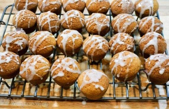 pumpkin muffin glaze 1 1024x663 1