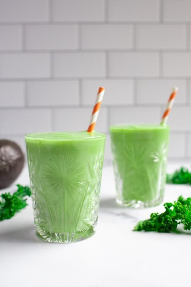 Pineapple Kale Avocado Smoothie