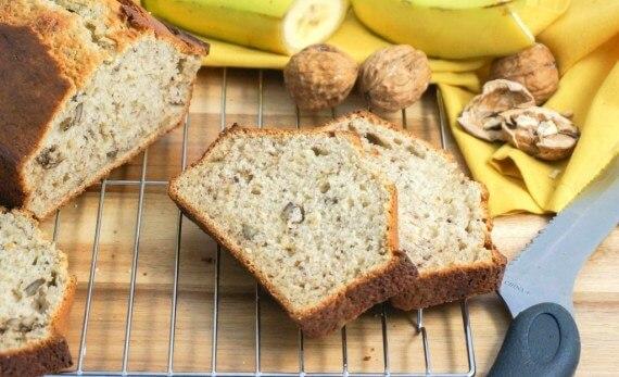 banana bread final 1024x625 1