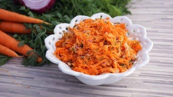 my carrot salad recipe 1024x575 1