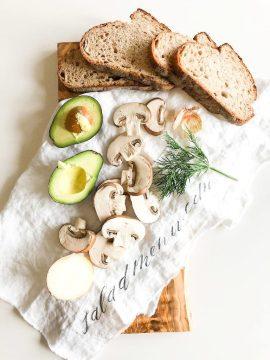 saladmenu avocado mushroom toast