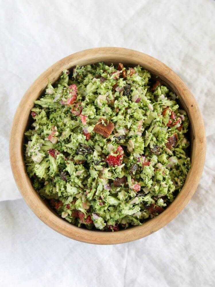 saladmenu broccolii salad with greek yogurt dressing 1 749x1000