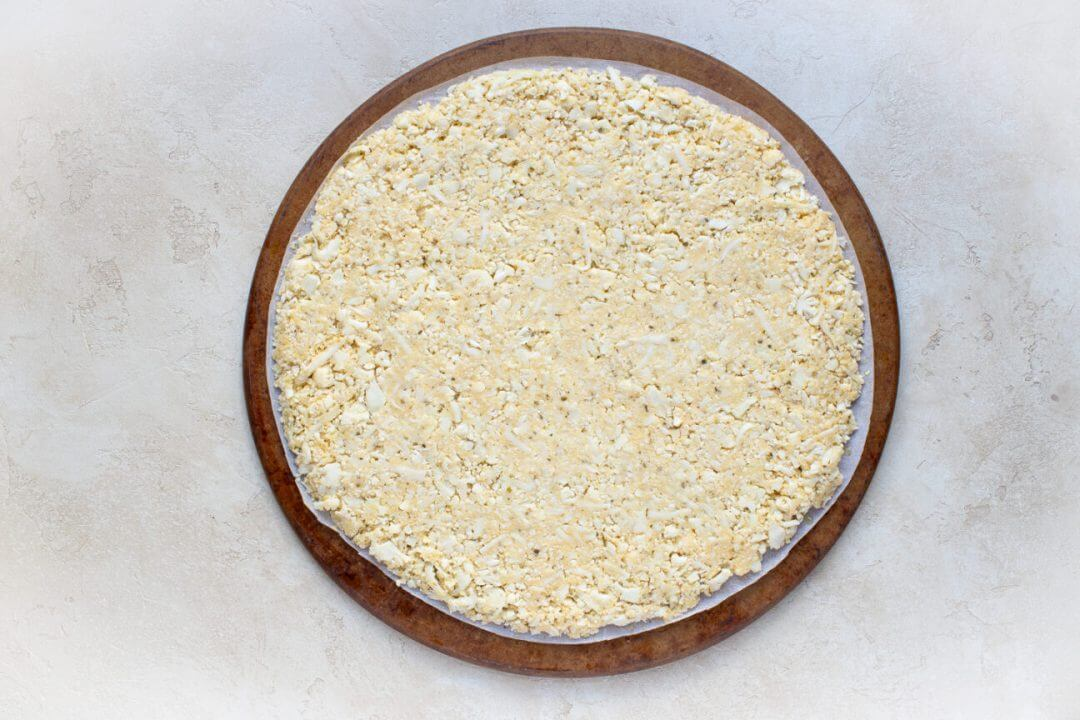 Cauliflower Crust Veggie Pizza 4