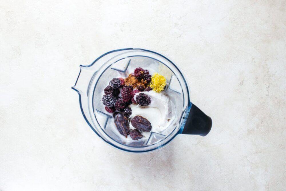Creamy Vanilla Blackberry Pie Smoothie