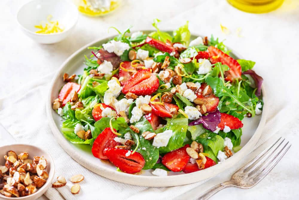 Summer Berry Salad With Goat Cheese And Almonds